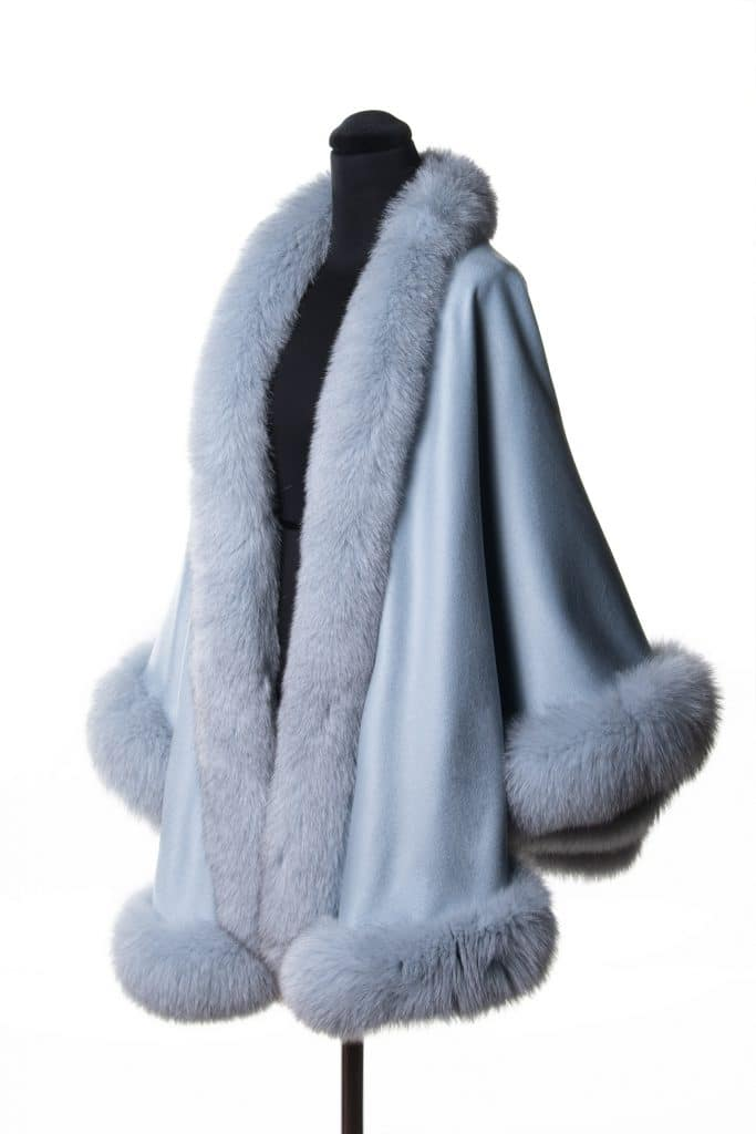 100% cashmere medium sized shawl in baby blue color with tone fox trim