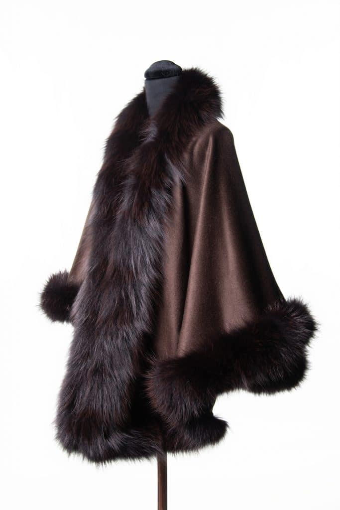 100% cashmere medium sized shawl in brown color with indigo dyed fox trim