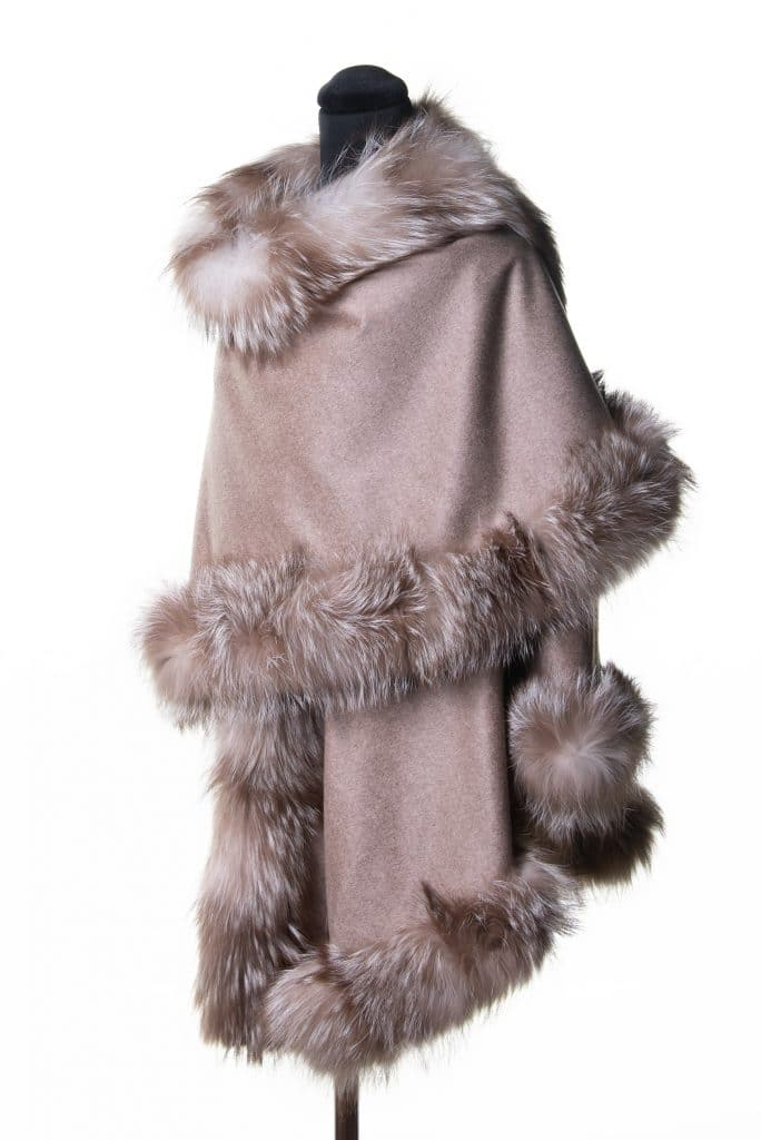 100% cashmere medium sized shawl in taupe color with amber fox trim
