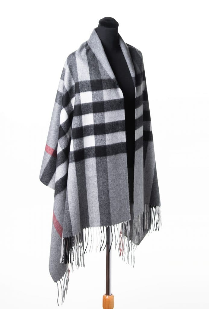 100% Cashmere Printed Shawl in Checkered Grey