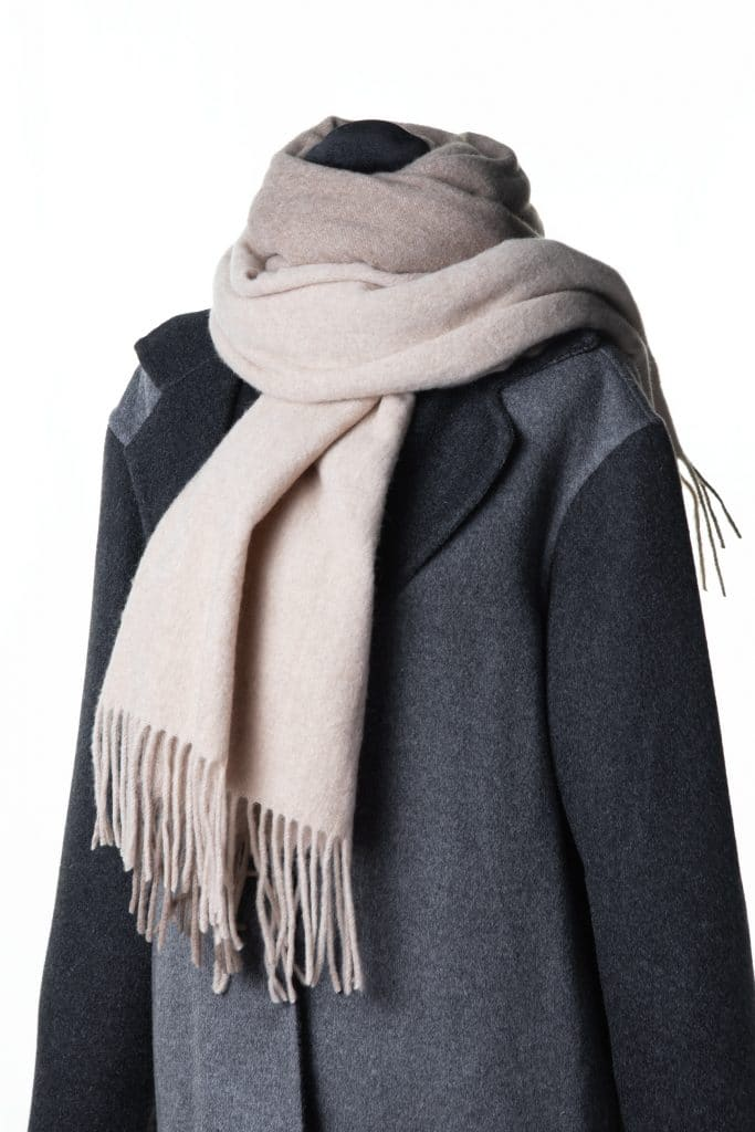 100% Cashmere Printed Shawl in Oatmeal