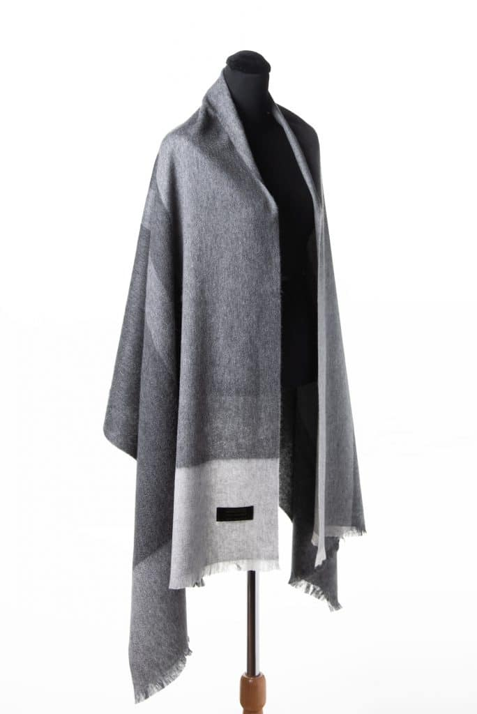 100% Light Cashmere Printed Shawl Light Grey